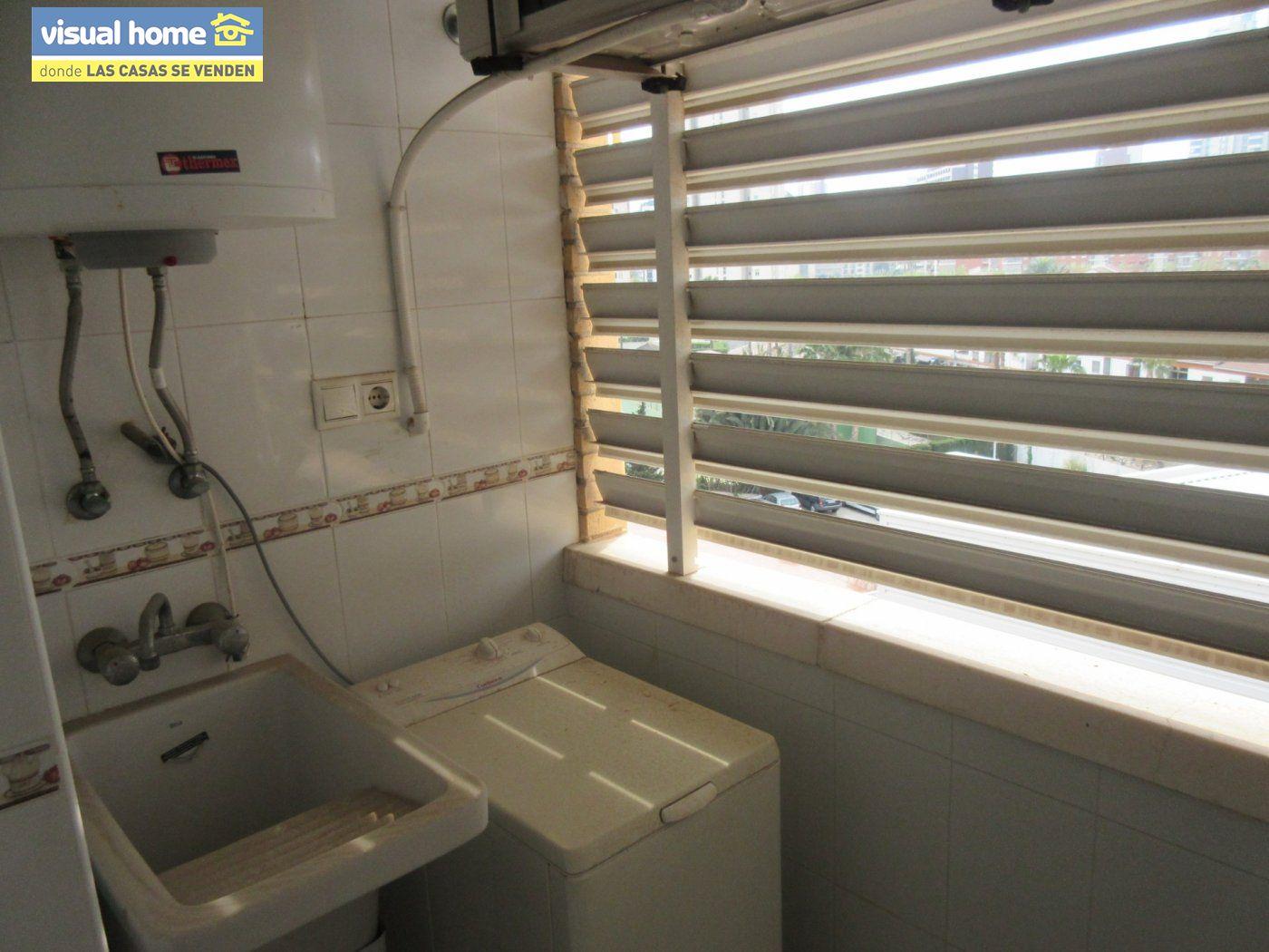 Apartamento nuevo a estrenar de  1 dormitorio(posible 2º) con garaje y piscina en Rincón de Loix 10