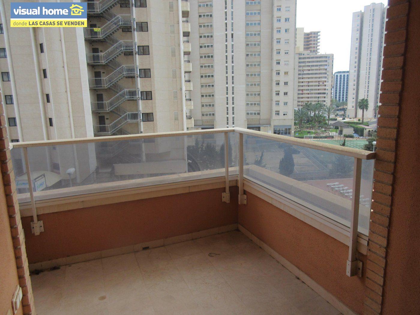 Apartamento nuevo a estrenar de  1 dormitorio(posible 2º) con garaje y piscina en Rincón de Loix 2