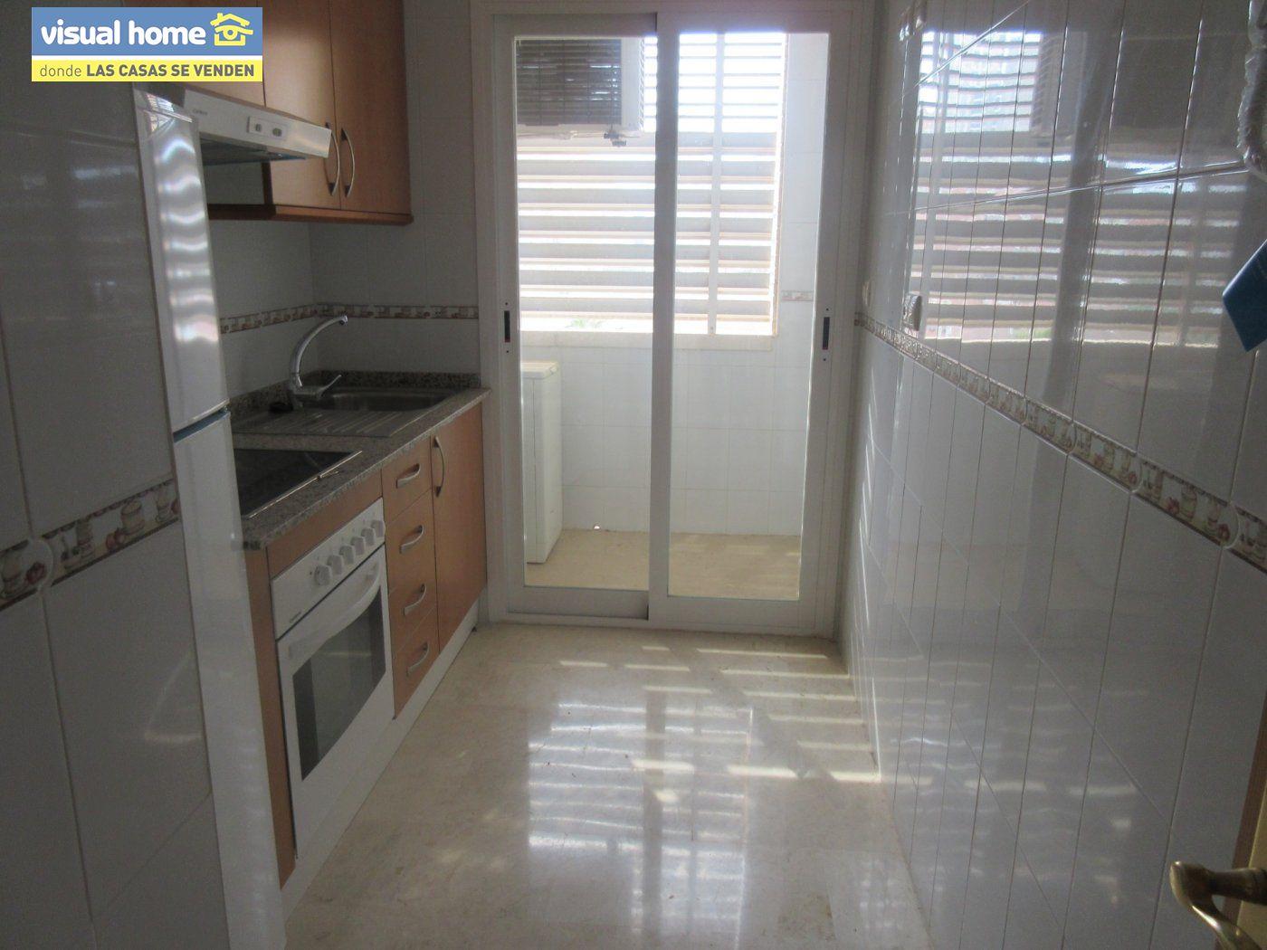 Apartamento nuevo a estrenar de  1 dormitorio(posible 2º) con garaje y piscina en Rincón de Loix 8