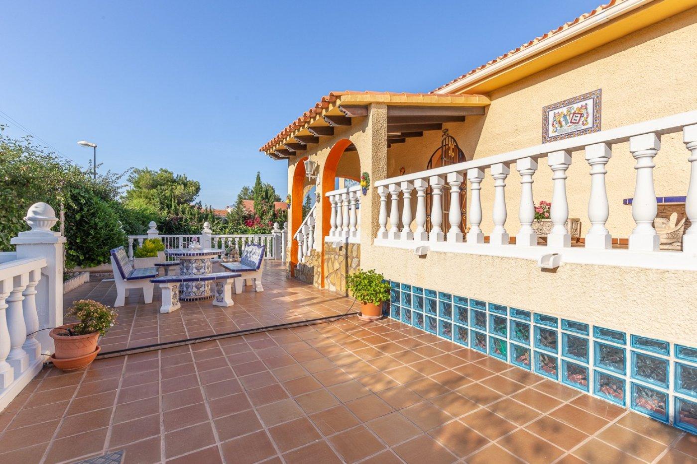 Chalet en La Nucia de 321 m²