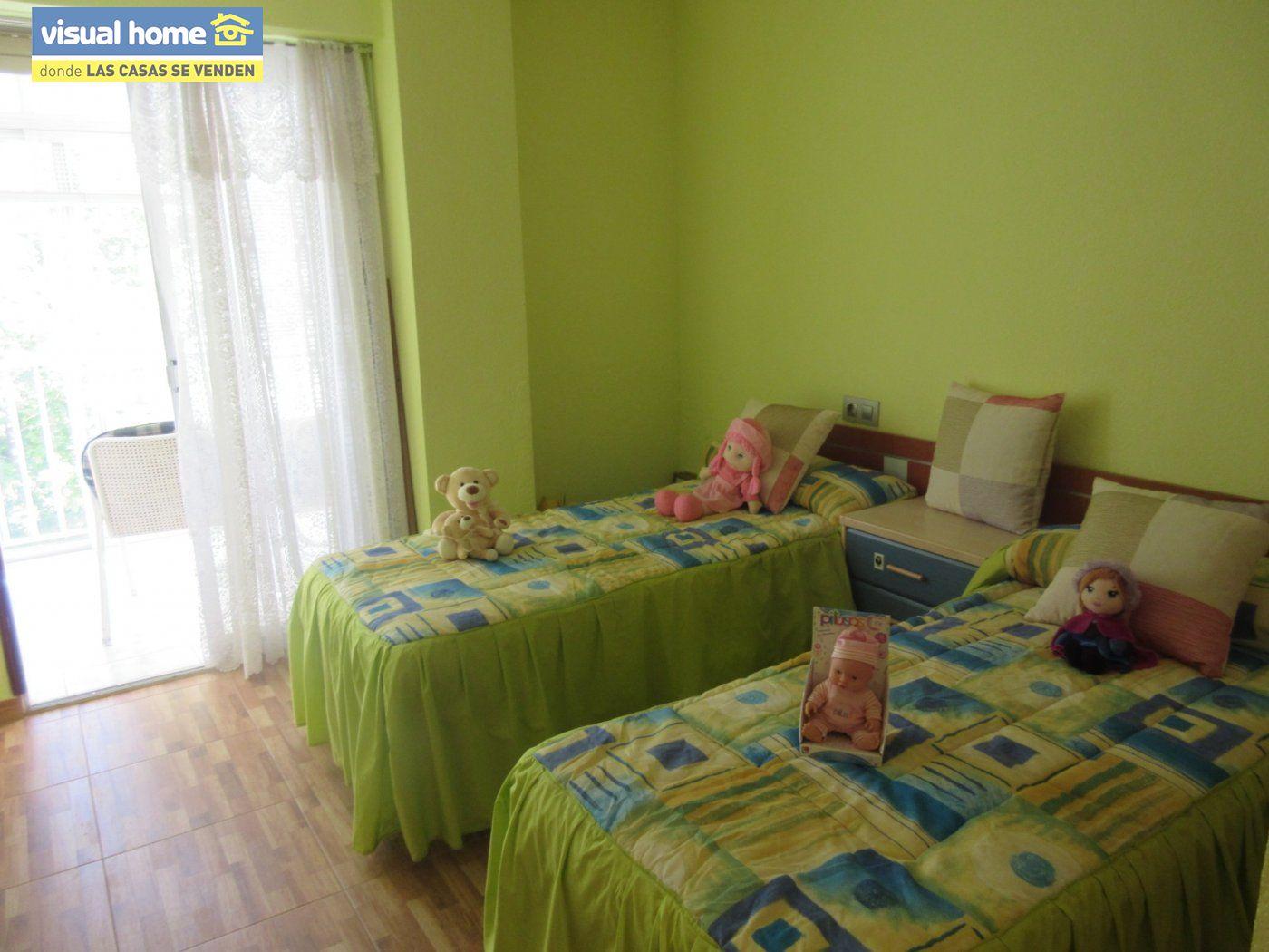 Apartamento todo exterior en Av/ Mediterráneo con garaje y piscina a 50 mts de la playa 13