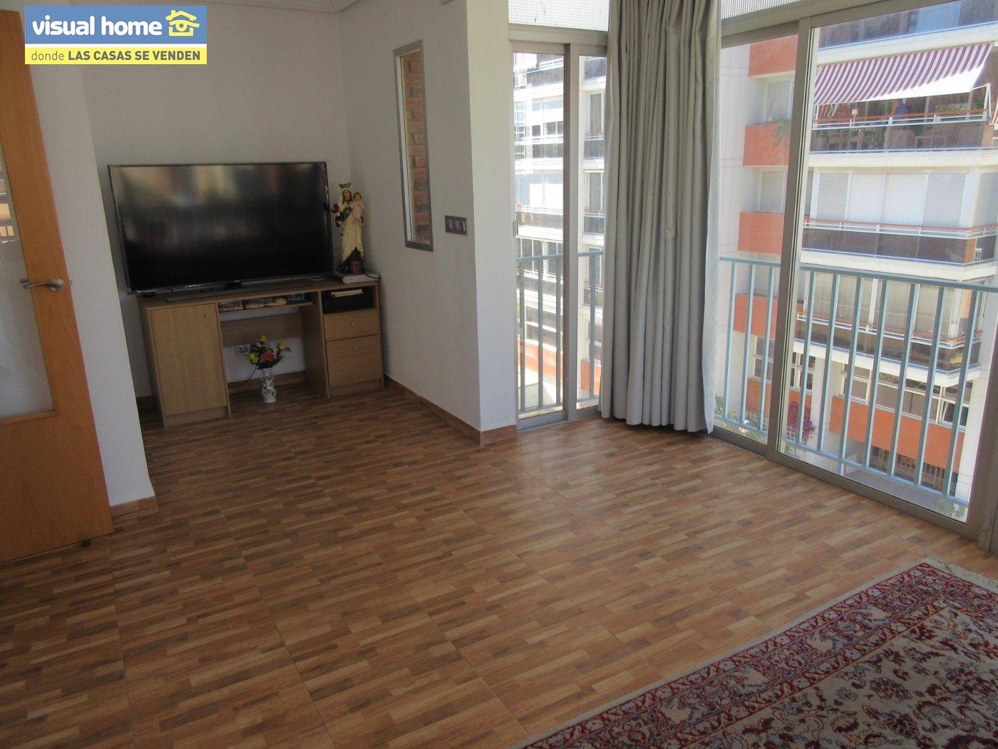 Apartamento todo exterior en Av/ Mediterráneo con garaje y piscina a 50 mts de la playa 20