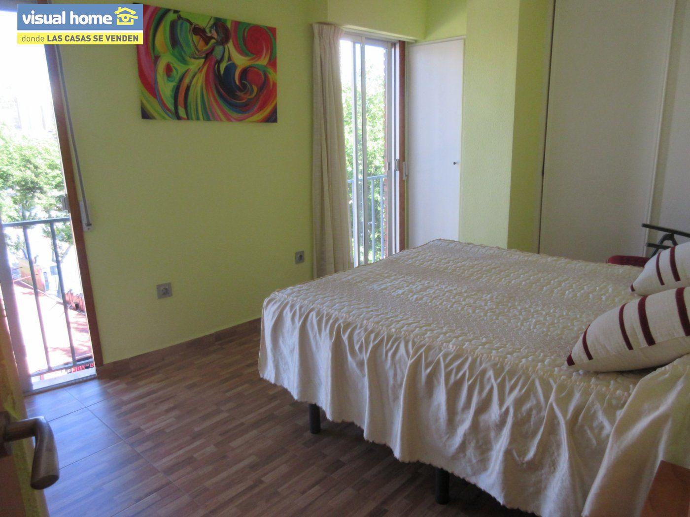 Apartamento todo exterior en Av/ Mediterráneo con garaje y piscina a 50 mts de la playa 30