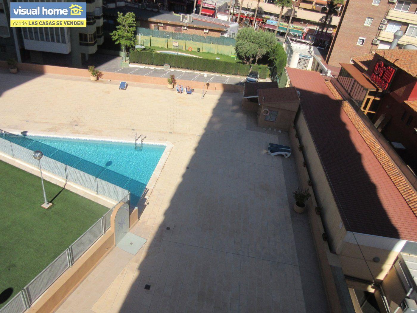 Apartamento todo exterior en Av/ Mediterráneo con garaje y piscina a 50 mts de la playa 34