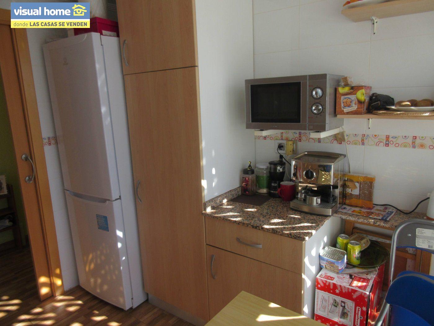 Apartamento todo exterior en Av/ Mediterráneo con garaje y piscina a 50 mts de la playa 7