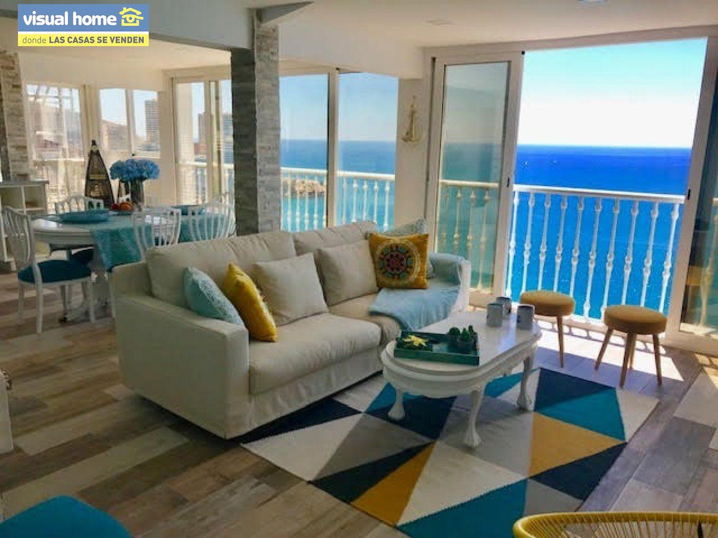 Espectacular ático de tres dormitorios y dos baños, con parking y piscina en 1ª línea de playa 19