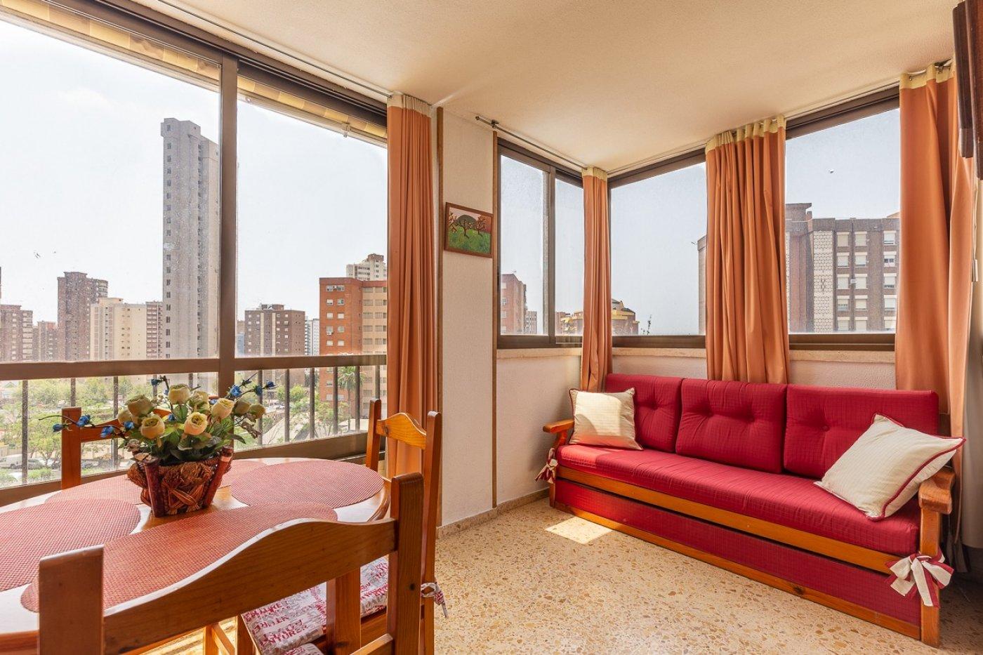 Apartamento en Benidorm zona Levante de 59 m²