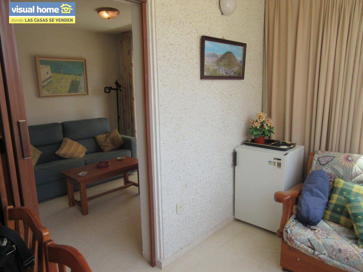 ¡¡¡ Oportunidad !!! Apartamento zona Levante de un dormitorio con parking y piscina 22