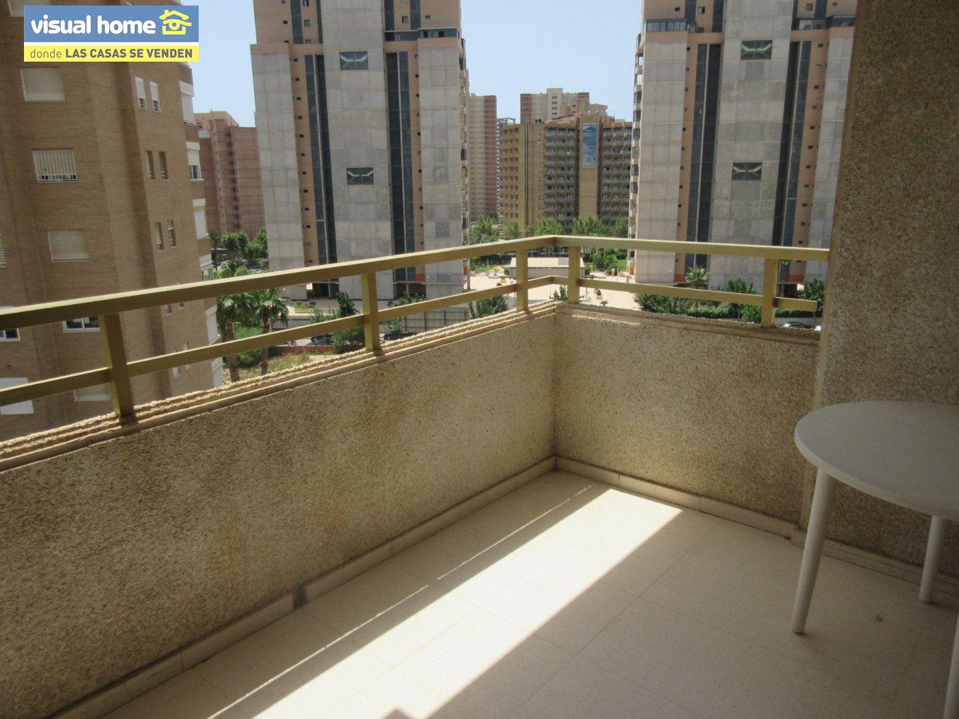 ¡¡¡ Oportunidad !!! Apartamento zona Levante de un dormitorio con parking y piscina 3