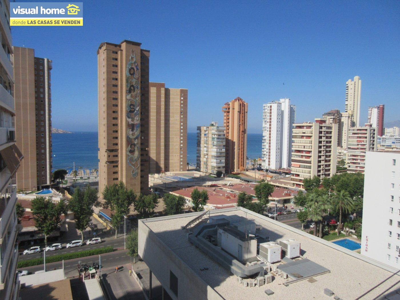 Apartamento de un dormitorio con vistas al mar,  parking y piscina  a 200 mts de la playa Levante 15