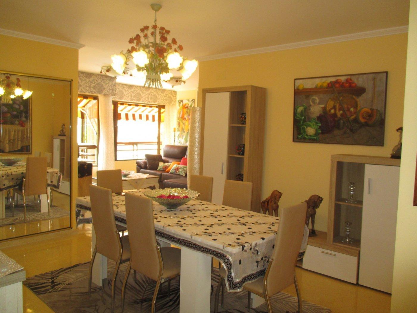 Apartamento en Benidorm zona Cala de Benidorm de 100 m²