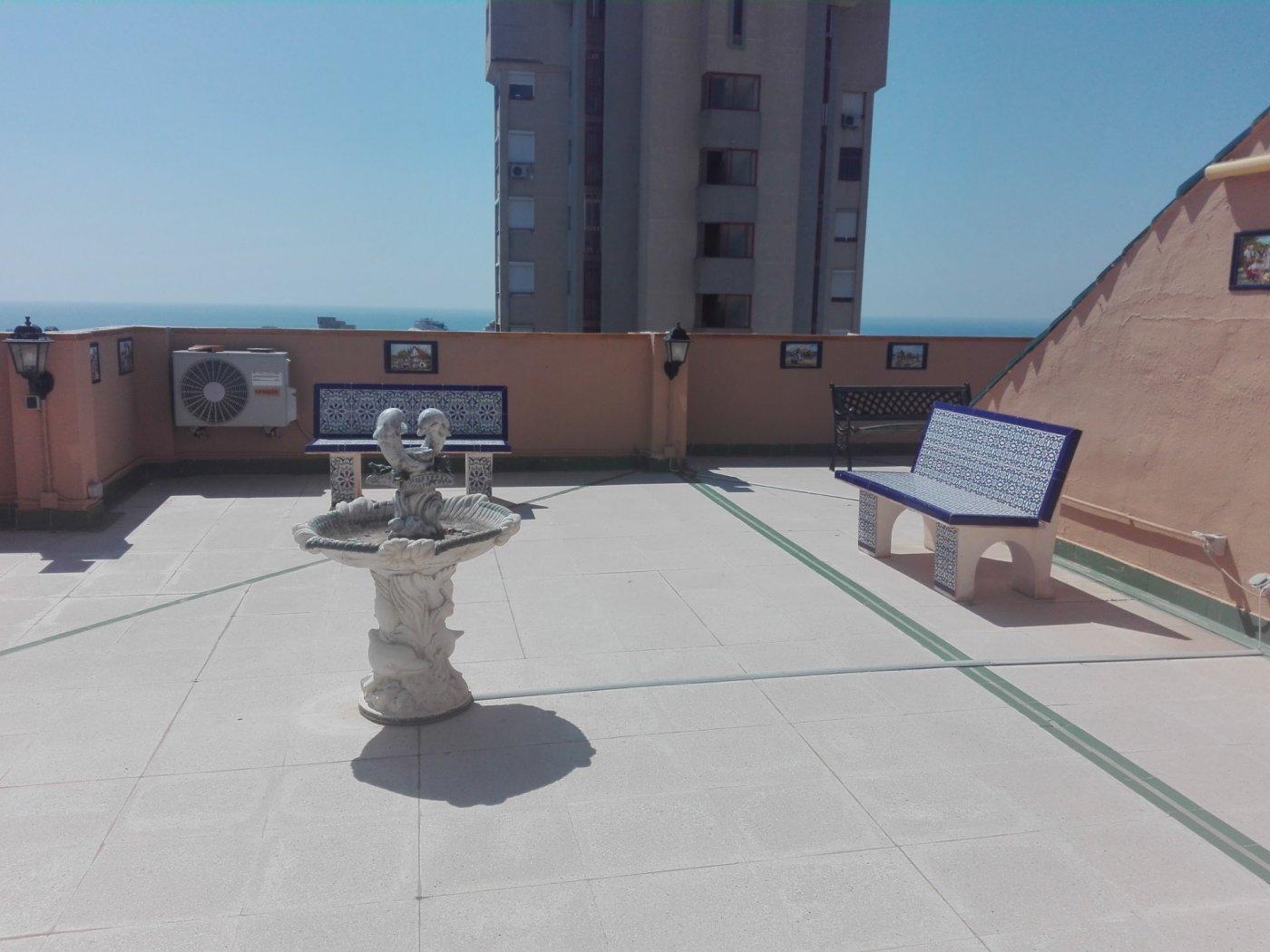 SUPERATICO, 2 DORMITORIOS MAS UNA SALITA CON SOLARIUM DE 110 METROS Y PISCINA COMUNITARIA 0