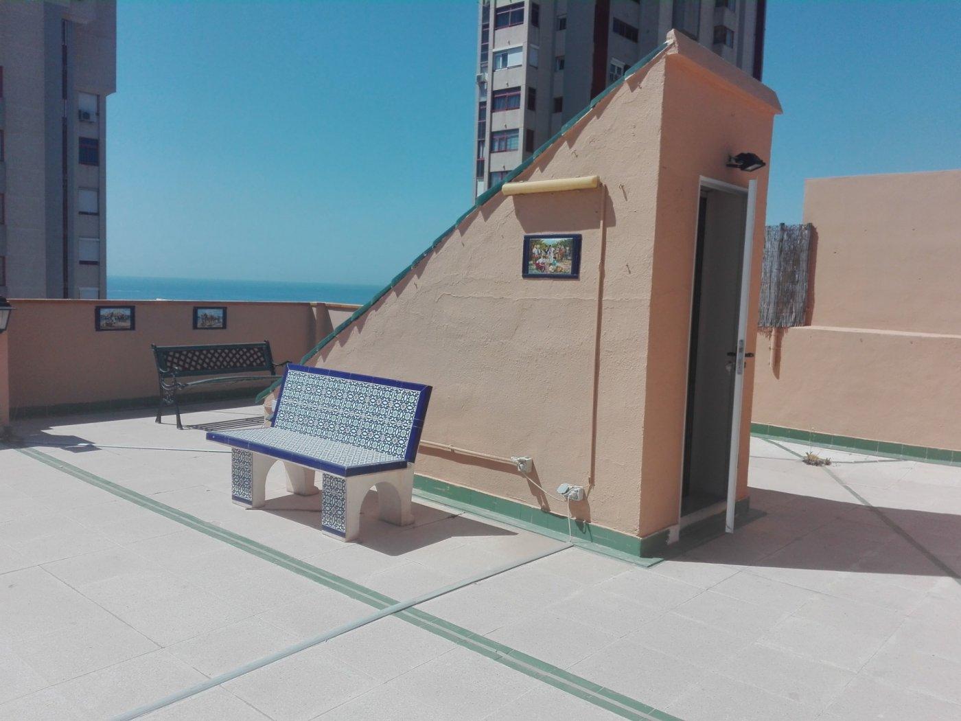 SUPERATICO, 2 DORMITORIOS MAS UNA SALITA CON SOLARIUM DE 110 METROS Y PISCINA COMUNITARIA 25