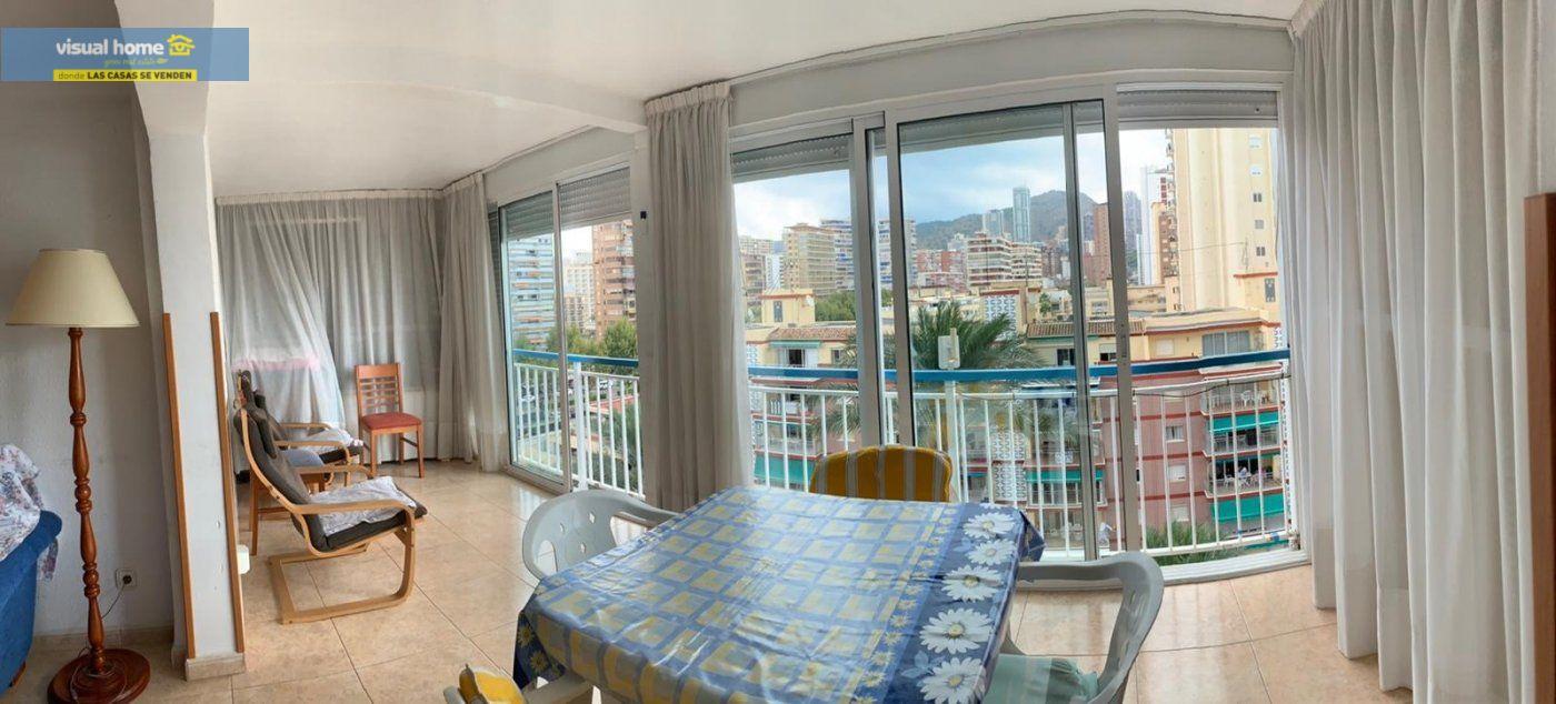 Espectacular apartamento de 2 dormitorios, 2 baños con parking en 1ª línea playa de Levante