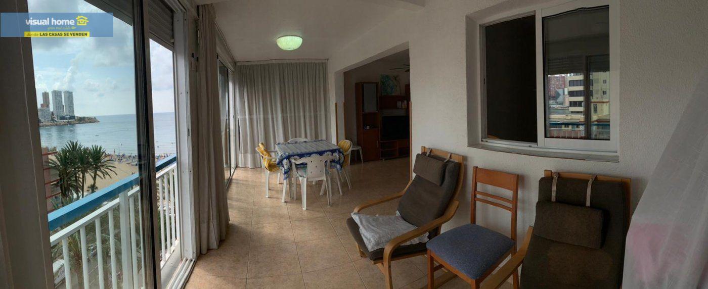 Espectacular apartamento de 2 dormitorios, 2 baños con parking en 1ª línea playa de Levante 9