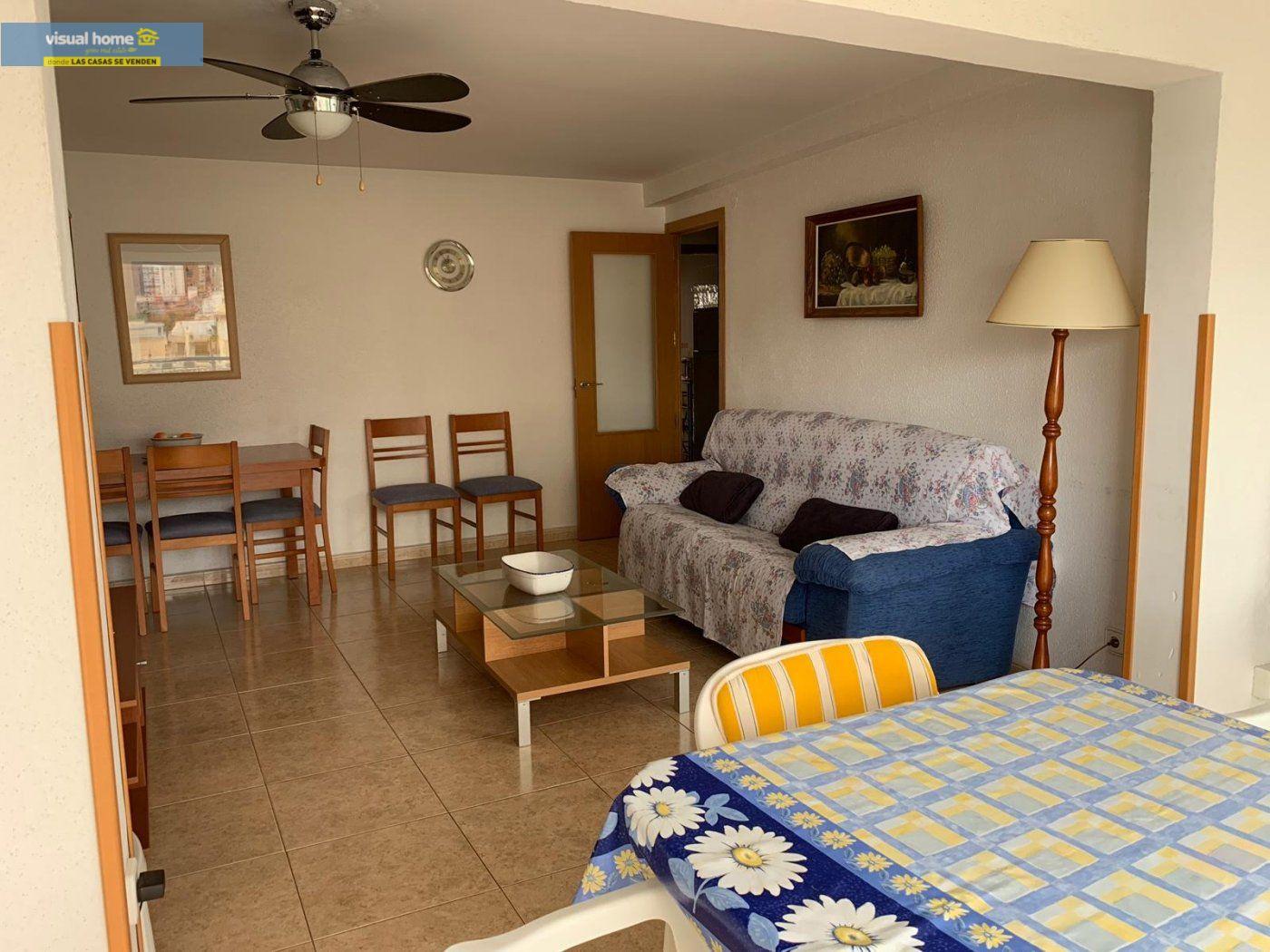 Espectacular apartamento de 2 dormitorios, 2 baños con parking en 1ª línea playa de Levante 2
