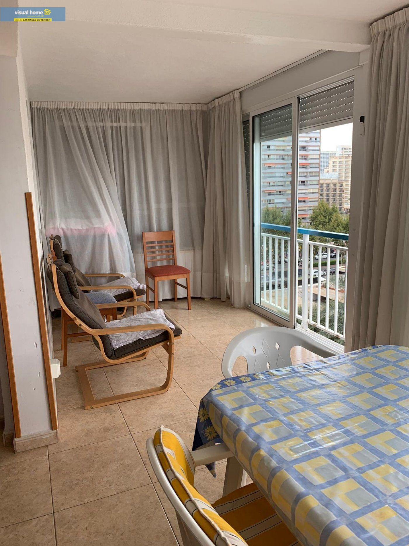 Espectacular apartamento de 2 dormitorios, 2 baños con parking en 1ª línea playa de Levante 4
