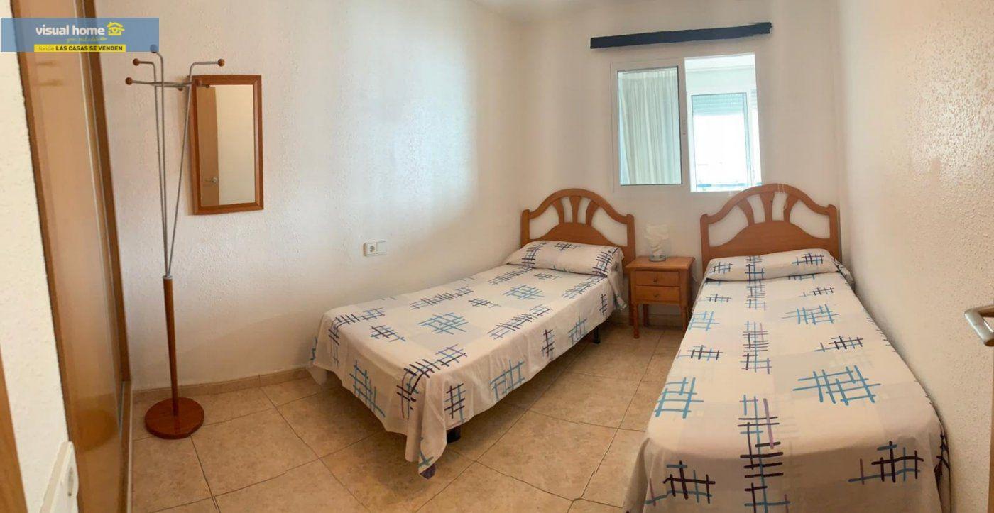 Espectacular apartamento de 2 dormitorios, 2 baños con parking en 1ª línea playa de Levante 7