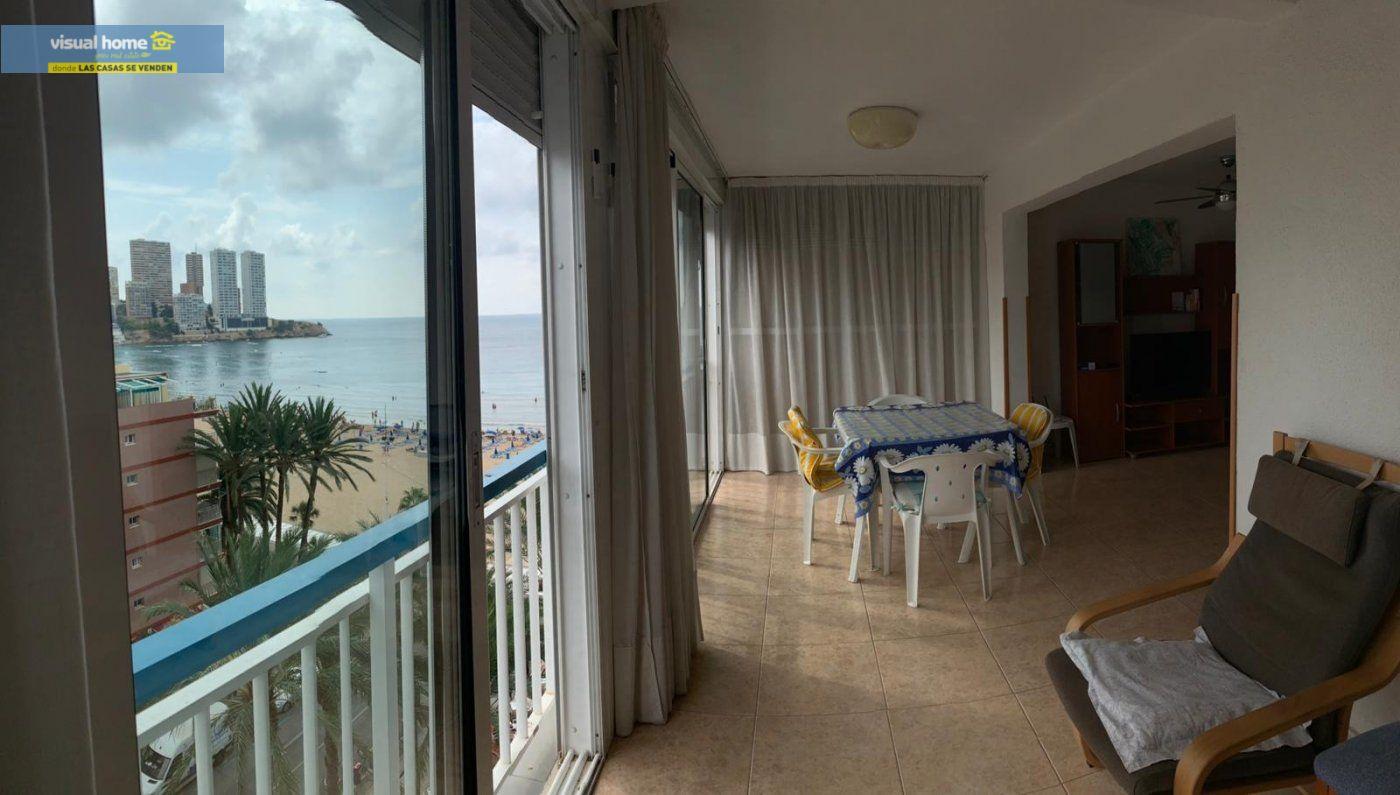 Espectacular apartamento de 2 dormitorios, 2 baños con parking en 1ª línea playa de Levante 8
