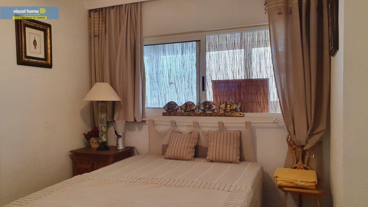 ¡¡¡IMPRESIONANTES VISTAS AL MAR!!! Apartamento de 2 dormitorios con PARKING y piscina. 12