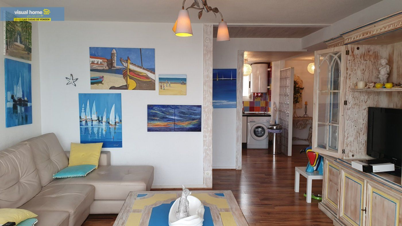 ¡¡¡IMPRESIONANTES VISTAS AL MAR!!! Apartamento de 2 dormitorios con PARKING y piscina. 4