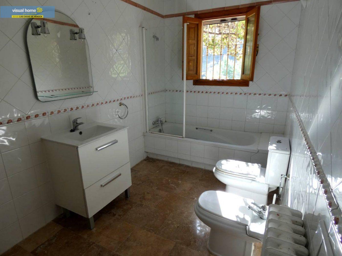 Chalet independiente muy cerca de Benidorm y de todos los servicios situado en un lugar de ensueño 62