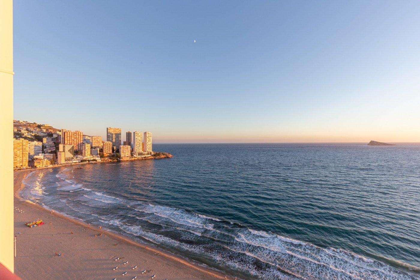 Espectacular apartamento en 1ª línea de Playa Levante  con increíbles vistas al mar
