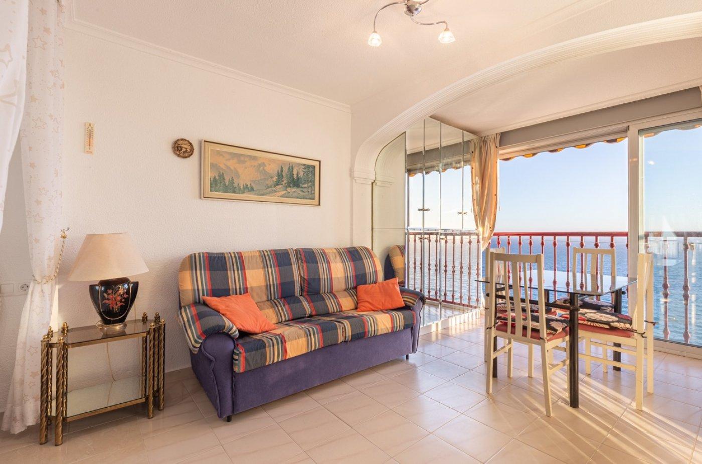 Espectacular apartamento en 1ª línea de Playa Levante  con increíbles vistas al mar 16