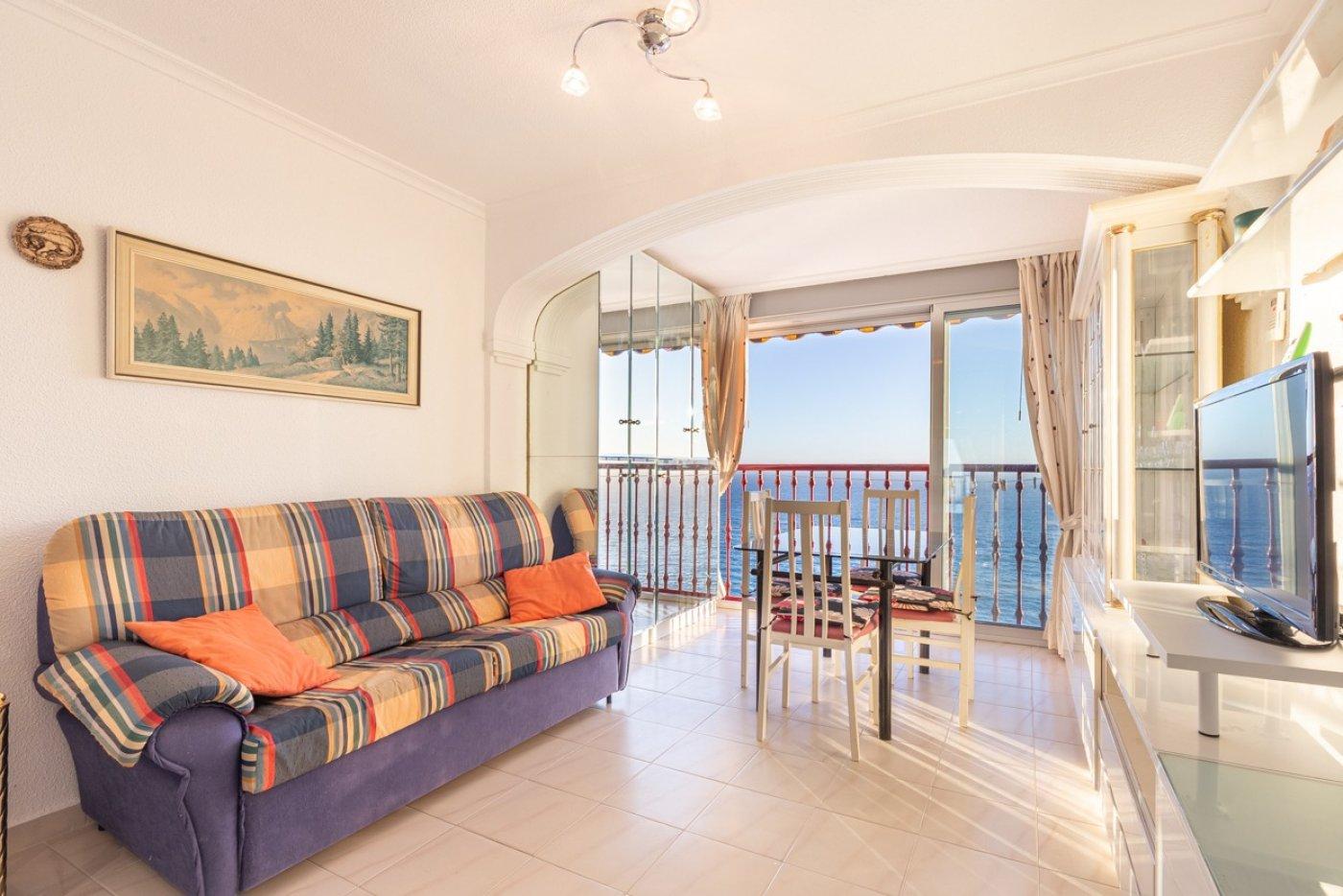 Espectacular apartamento en 1ª línea de Playa Levante  con increíbles vistas al mar 1