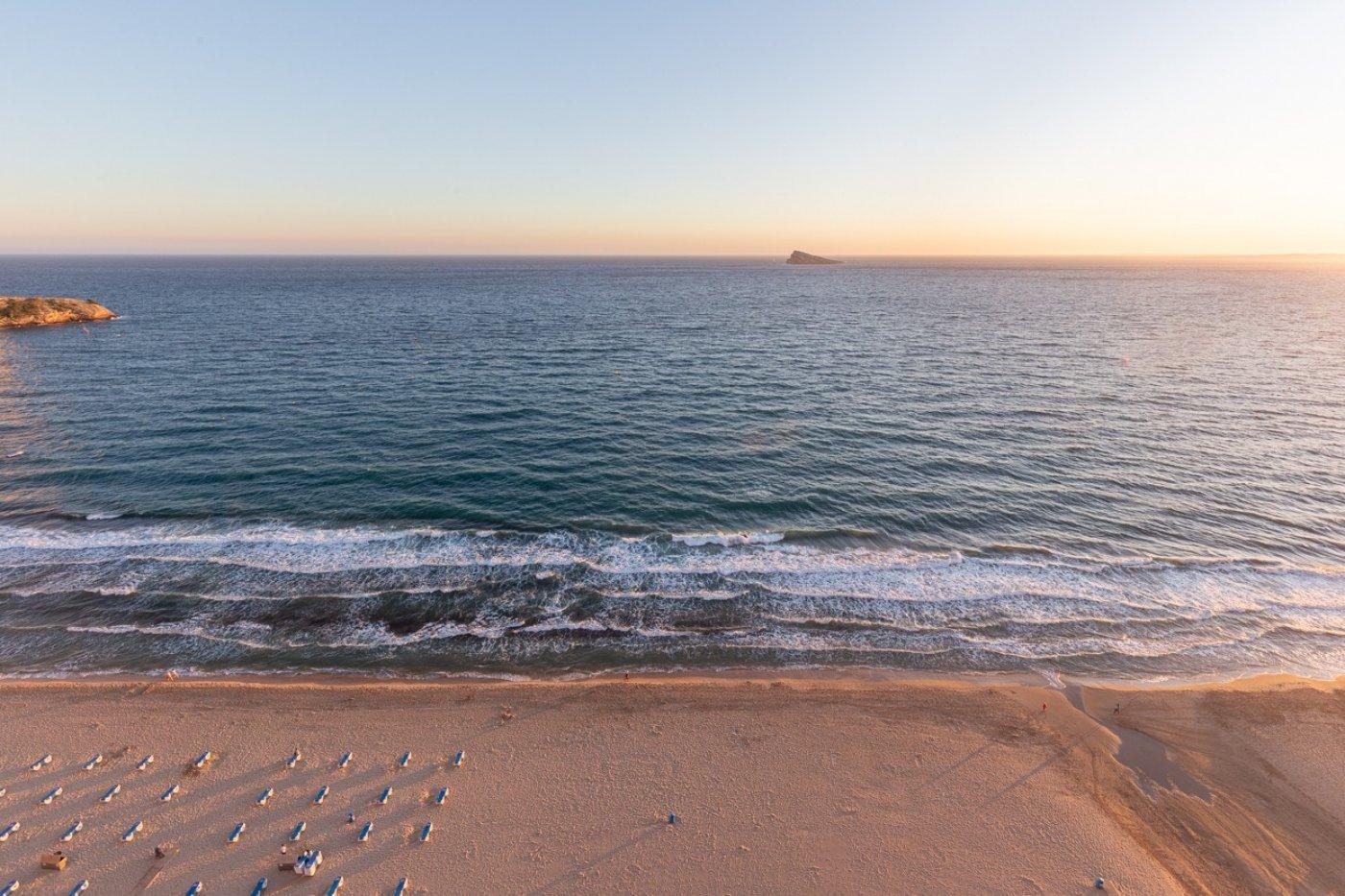 Espectacular apartamento en 1ª línea de Playa Levante  con increíbles vistas al mar 27