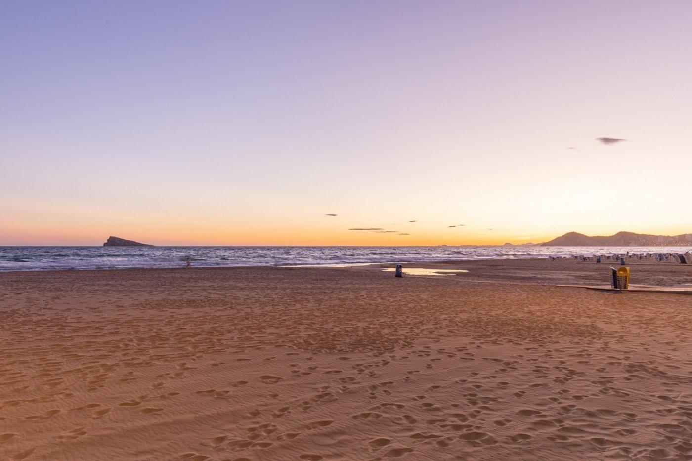 Espectacular apartamento en 1ª línea de Playa Levante  con increíbles vistas al mar 28