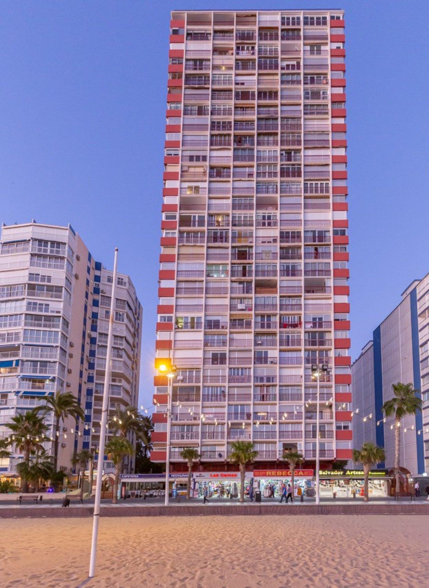 Espectacular apartamento en 1ª línea de Playa Levante  con increíbles vistas al mar 30