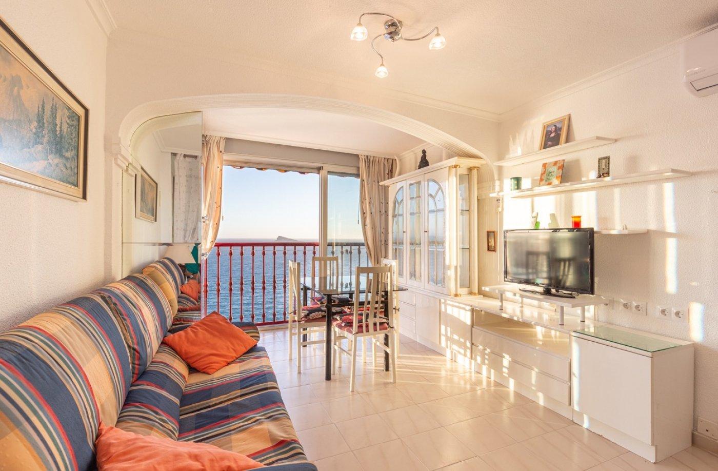 Espectacular apartamento en 1ª línea de Playa Levante  con increíbles vistas al mar 3