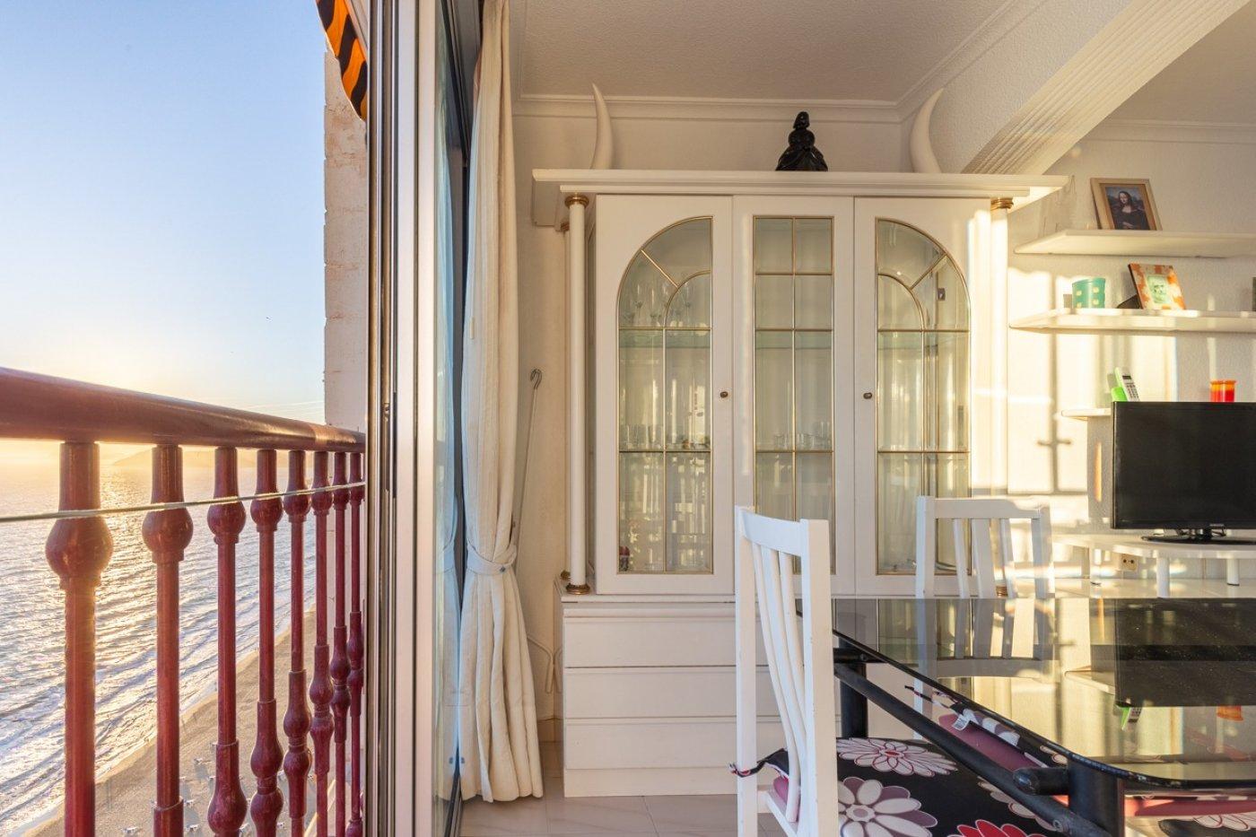 Espectacular apartamento en 1ª línea de Playa Levante  con increíbles vistas al mar 8