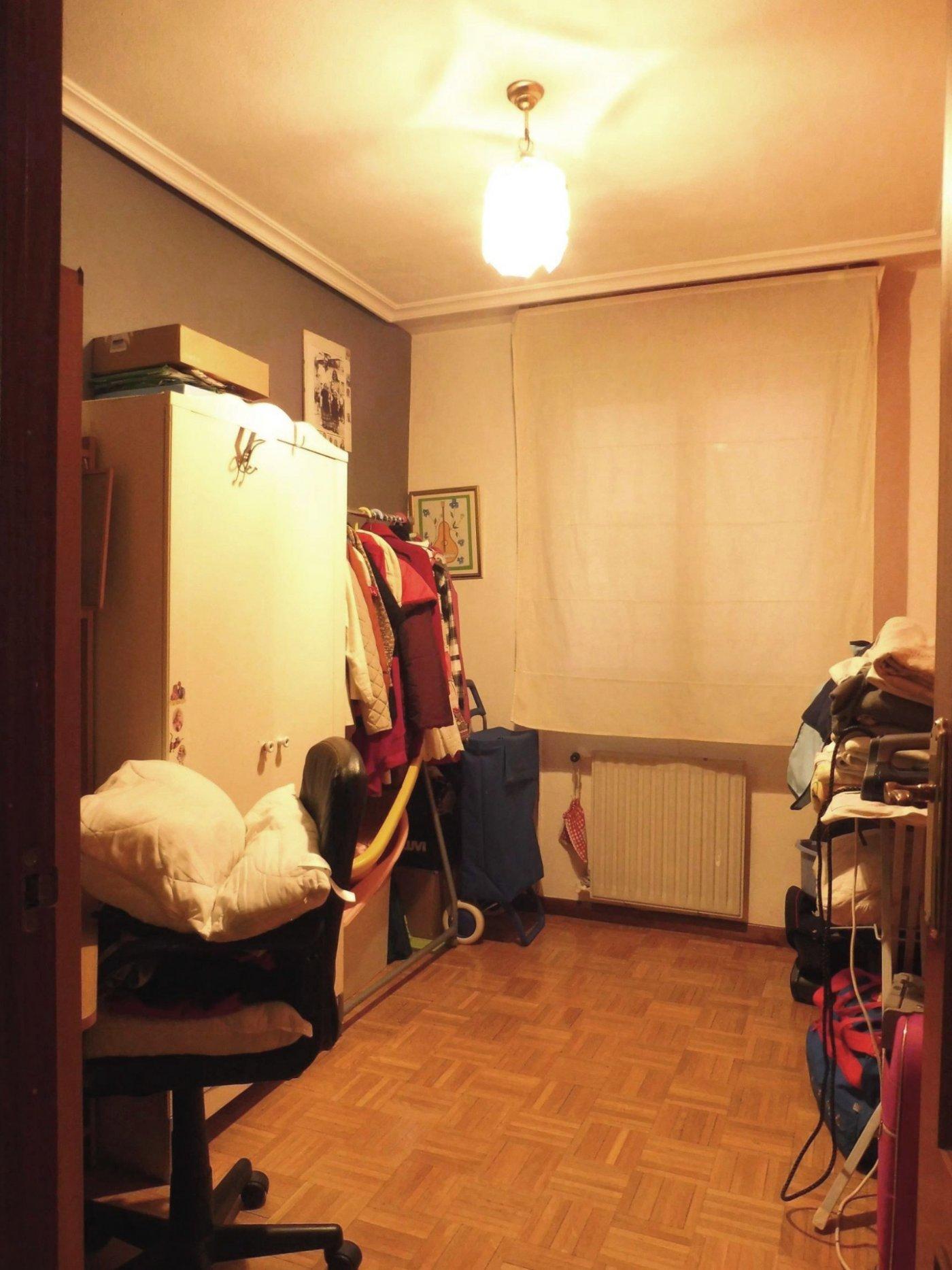 Piso de cuatro habitaciones con garaje y trastero al principio de la florida - imagenInmueble13