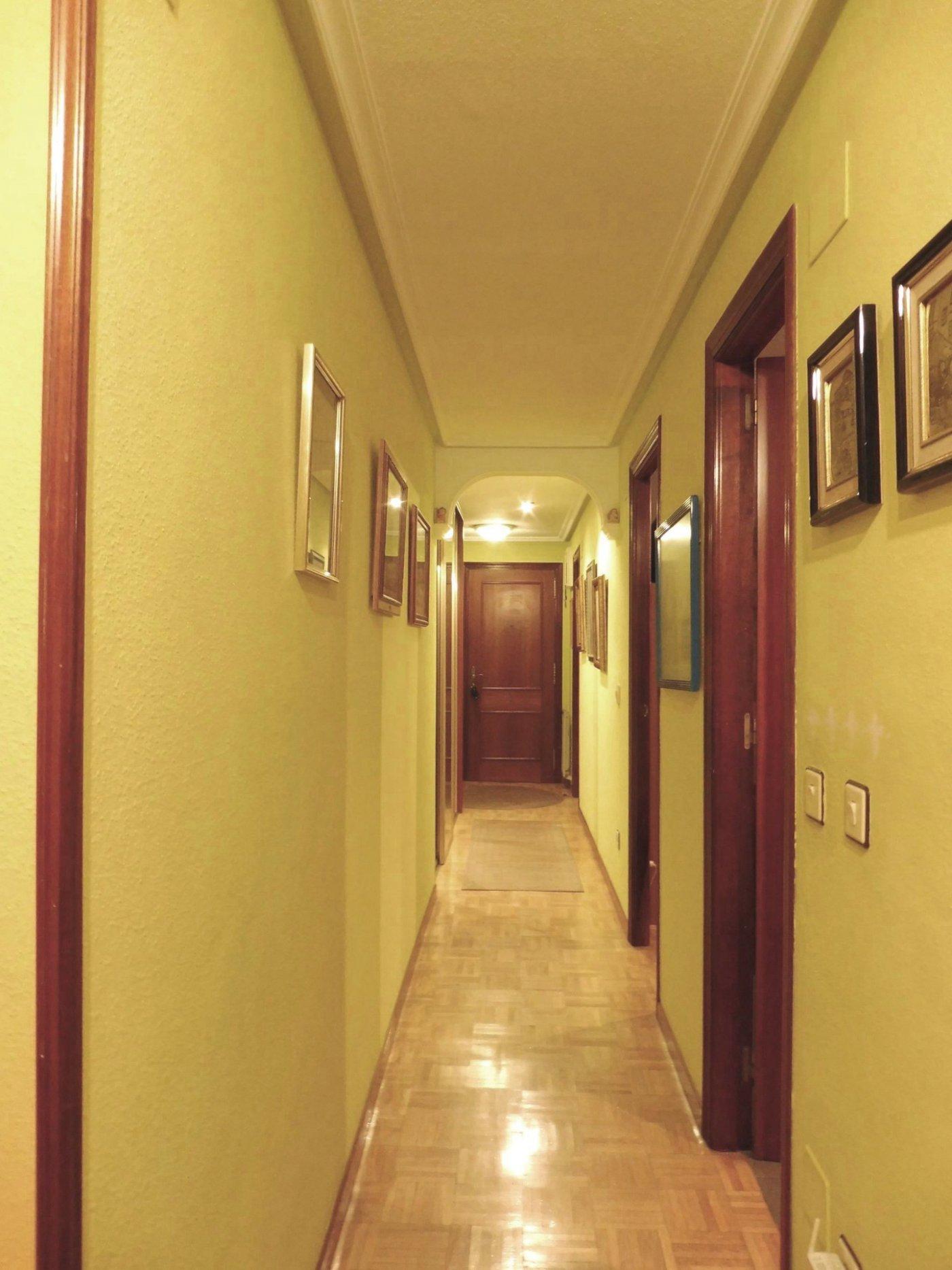 Piso de cuatro habitaciones con garaje y trastero al principio de la florida - imagenInmueble16