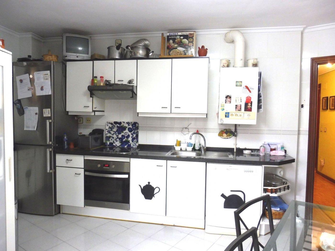 Piso de cuatro habitaciones con garaje y trastero al principio de la florida - imagenInmueble5