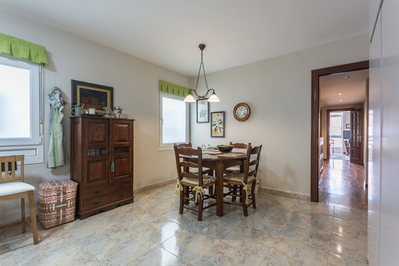 Precioso piso en cimadevilla, vistas laterales al mar - imagenInmueble12