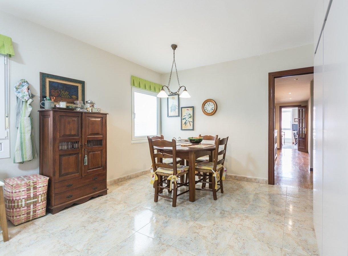 Precioso piso en cimadevilla, vistas laterales al mar - imagenInmueble13