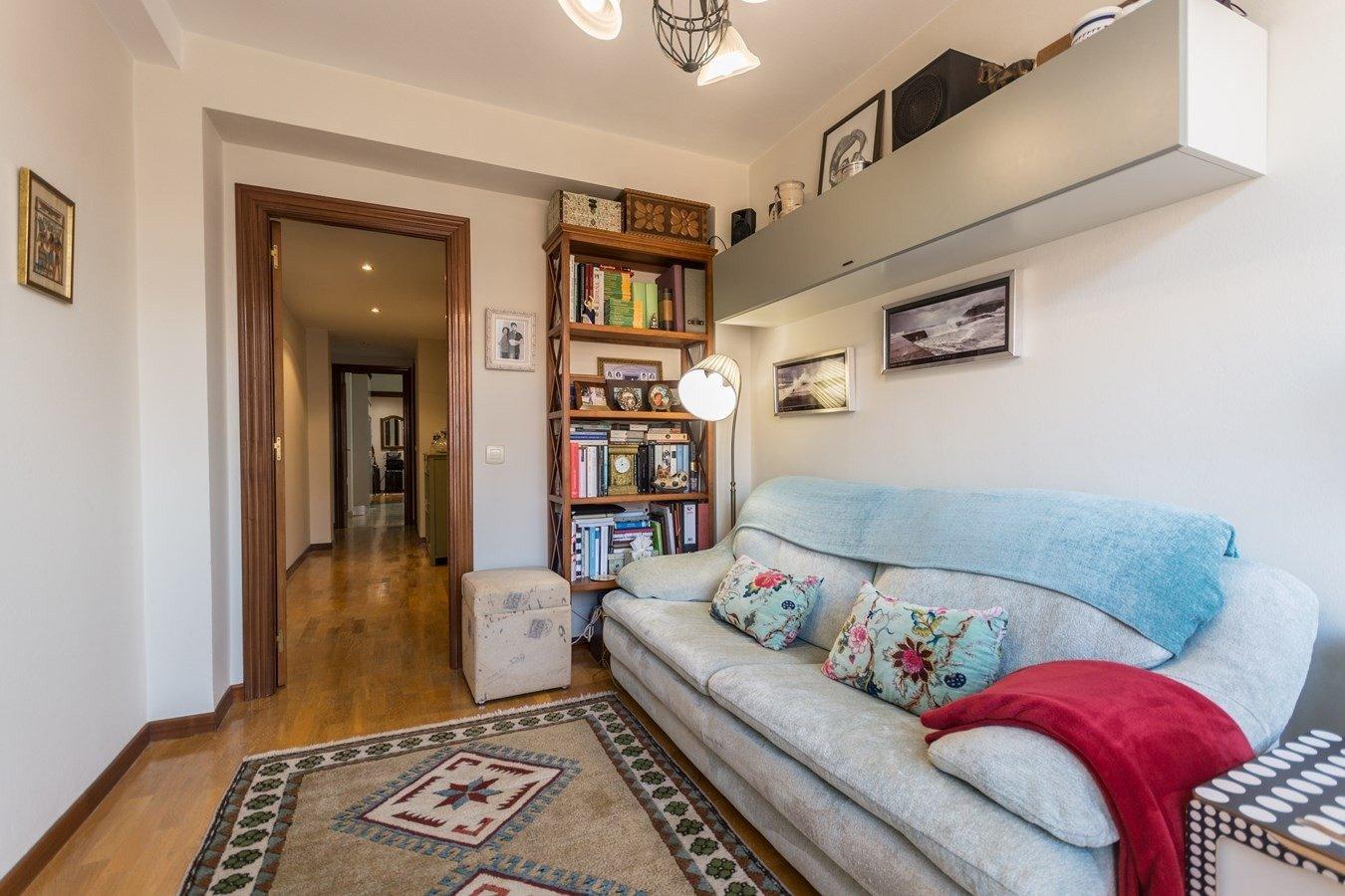 Precioso piso en cimadevilla, vistas laterales al mar - imagenInmueble32