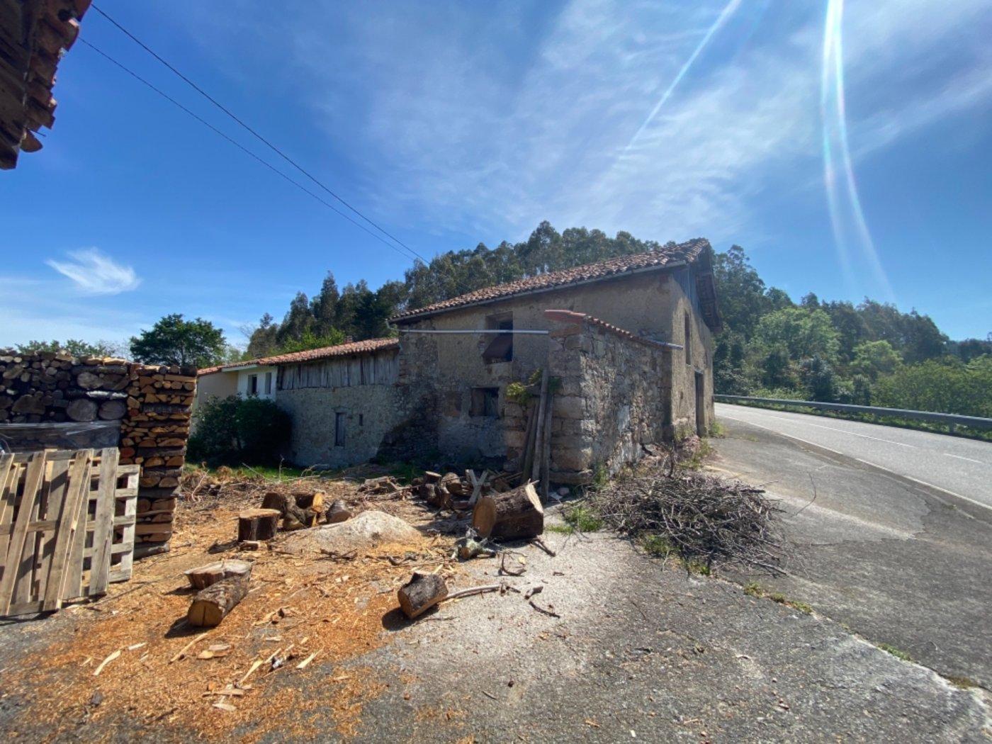 Cuadra para rehabilitar a 5 kilómetros de villaviciosa - imagenInmueble2