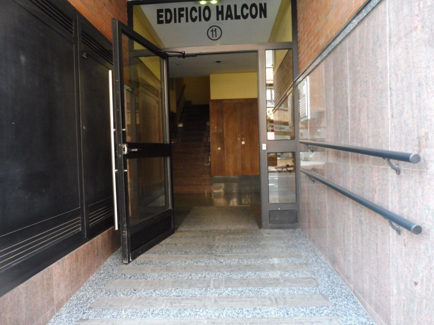 Amplio piso al lado del paseo de begoña - imagenInmueble26