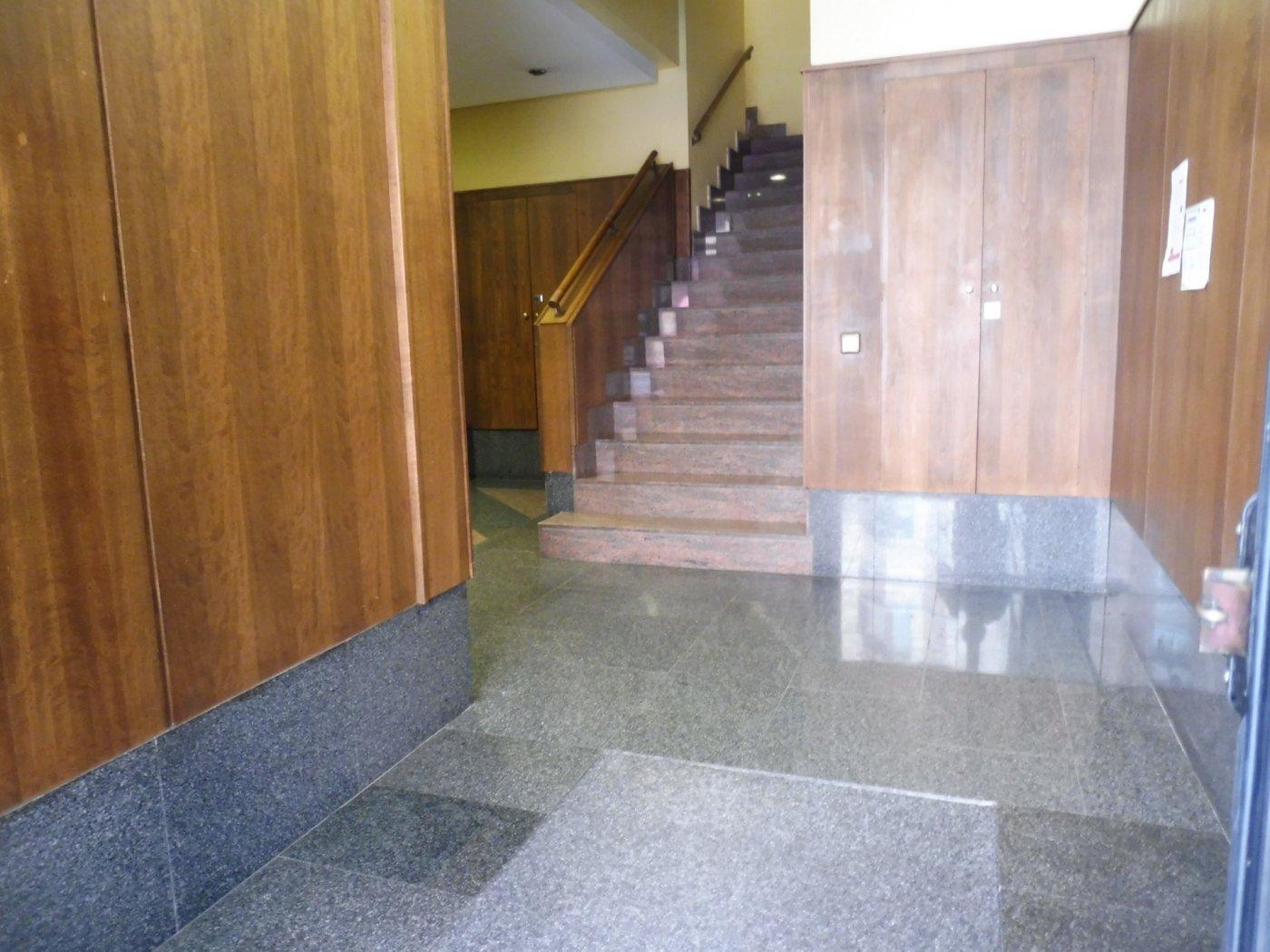Amplio piso al lado del paseo de begoña - imagenInmueble27