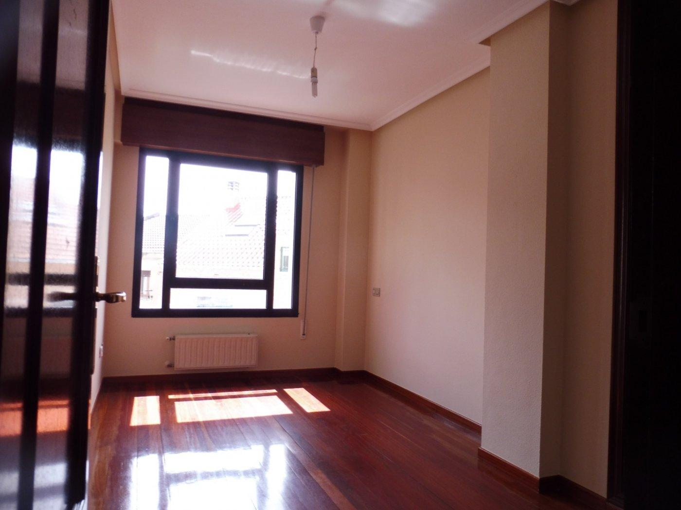 Amplio piso al lado del paseo de begoña - imagenInmueble7