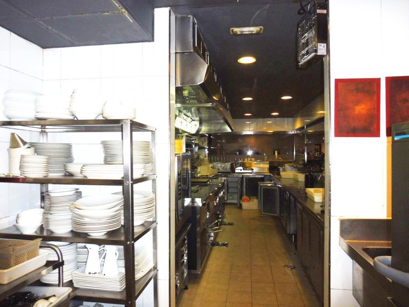 Local restaurante totalmente instalado en posada. - imagenInmueble3