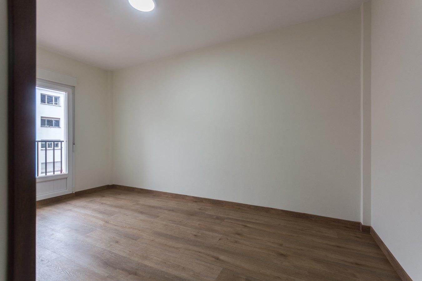 Si necesitas tranquilidad y luz para vivir, éste es tu piso - imagenInmueble21