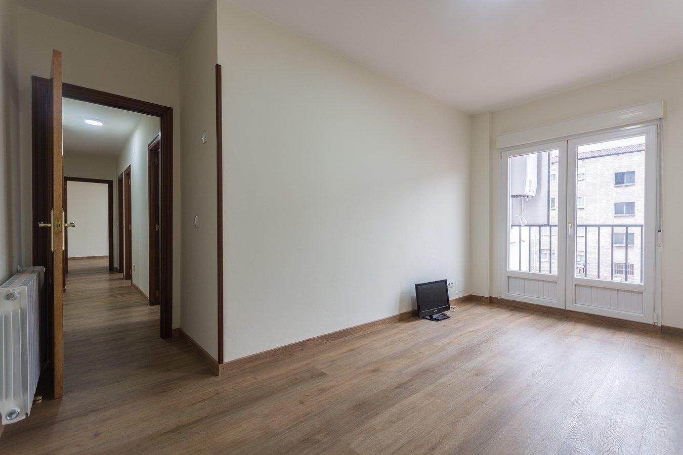 Si necesitas tranquilidad y luz para vivir, éste es tu piso - imagenInmueble22