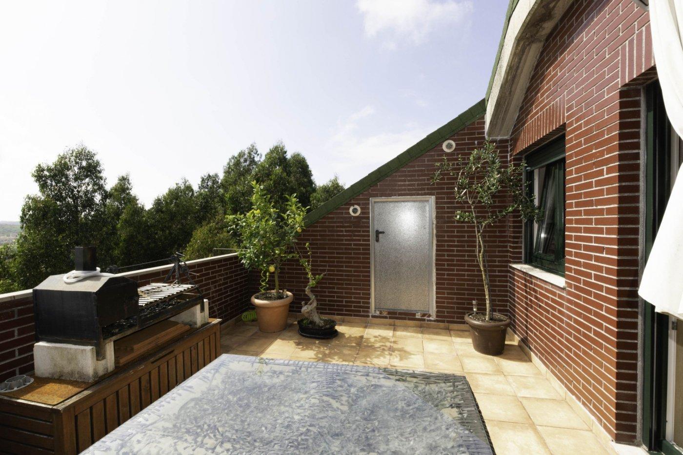 Ático con terraza de 11 m2, a 2 km de salinas - imagenInmueble0