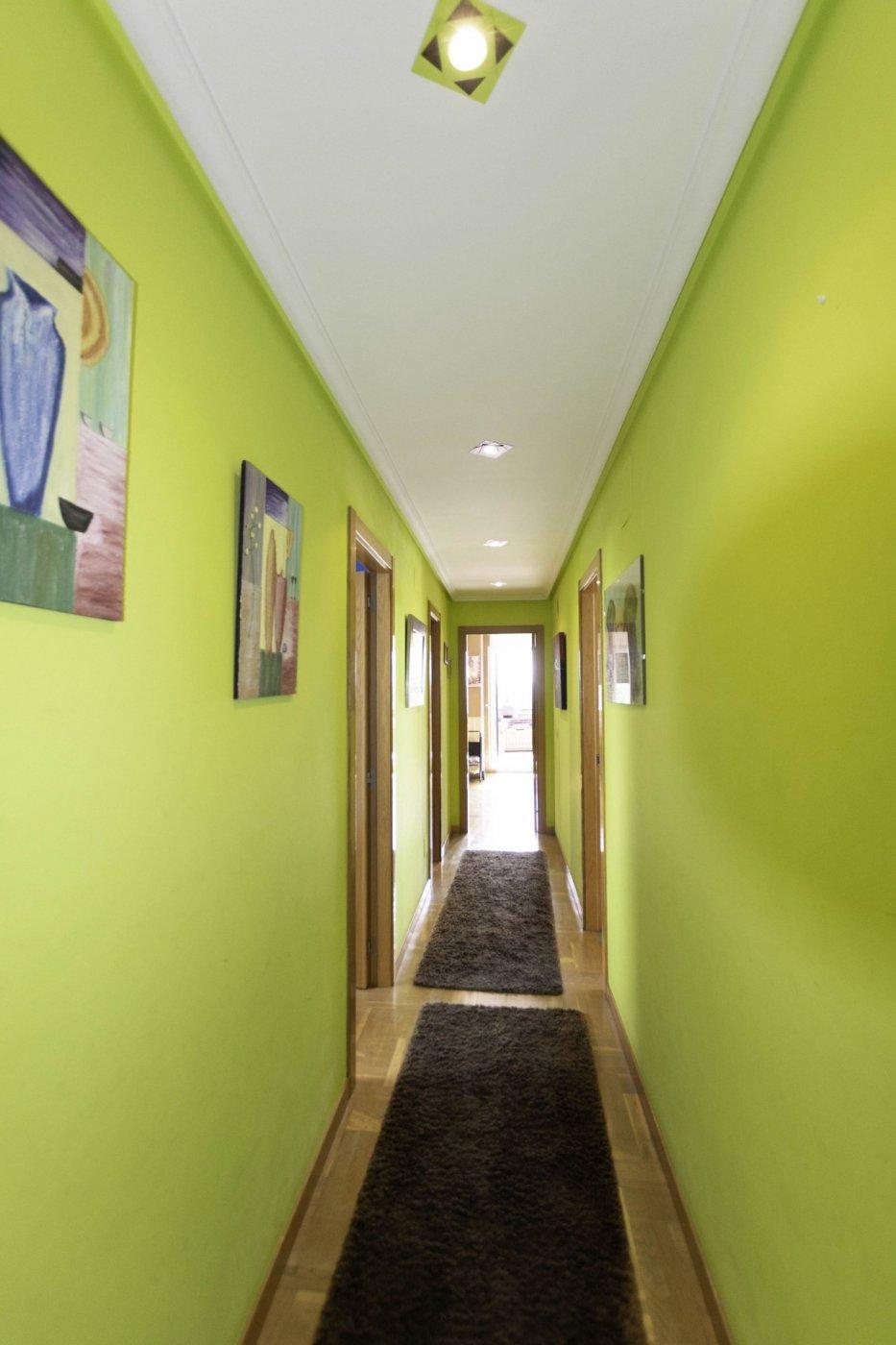 Ático con terraza de 11 m2, a 2 km de salinas - imagenInmueble24