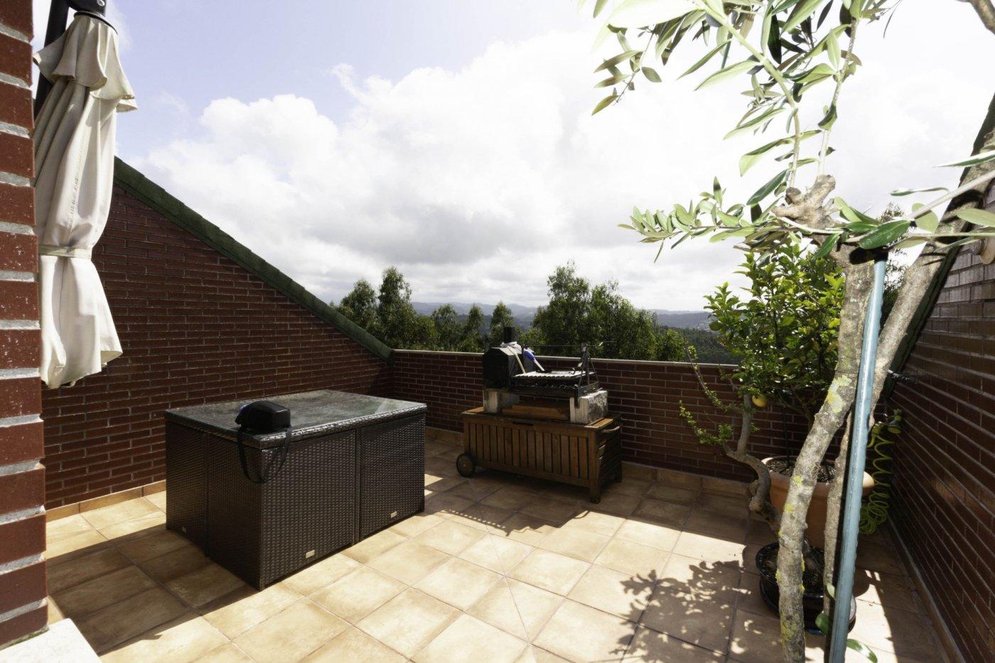 Ático con terraza de 11 m2, a 2 km de salinas - imagenInmueble3